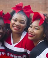 On Fridays, #VState wears RED. 🔥�